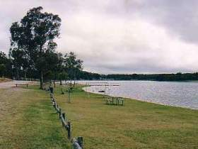 Storm King Dam - Geraldton Accommodation