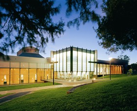 Bendigo Art Gallery - Geraldton Accommodation