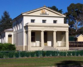 Berry Courthouse - Geraldton Accommodation