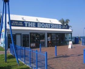 Innes Boatshed - Geraldton Accommodation