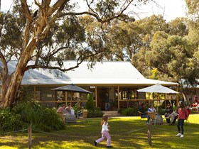 Whistler Wines - Geraldton Accommodation