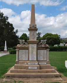 Boer War Memorial and Park Allora