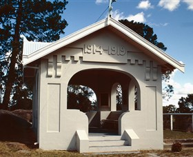 Stanthorpe Soldiers Memorial - Geraldton Accommodation