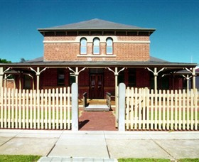 Wentworth Courthouse - Geraldton Accommodation