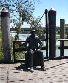Captain John Egge Statue - Geraldton Accommodation