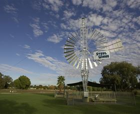 Steel Wings - Geraldton Accommodation