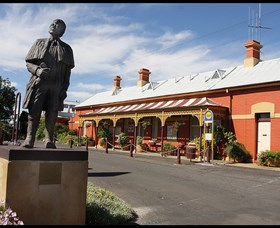 Forbes Railway Arts and Visitor Information Centre - Geraldton Accommodation