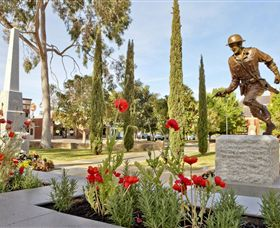Private Robert Mactier Statue - Geraldton Accommodation