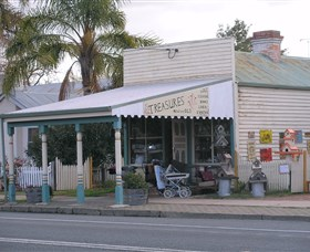 Lady Gails Bookshop and Curios - Geraldton Accommodation