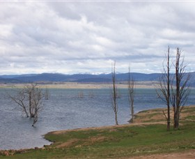 Lake Eucumbene - Geraldton Accommodation