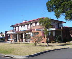 Hotel Oaks - Geraldton Accommodation