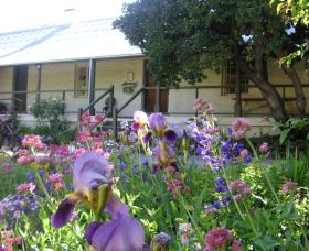 Raglan Gallery And Cultural Centre - Geraldton Accommodation