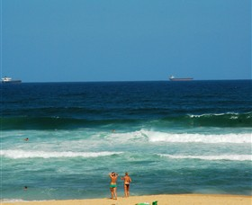 Merewether Beach - Geraldton Accommodation