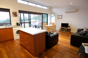 Karrak Reach Forest Retreat - Geraldton Accommodation