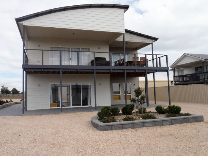 Ocean Swell - Geraldton Accommodation