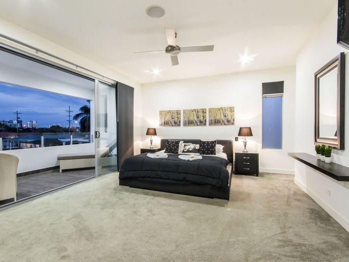 The Grand Broadbeach - Vogue Holiday Homes