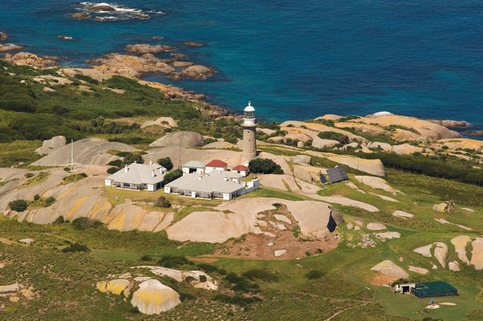Naturewise Montague Island Nature Escape - Geraldton Accommodation
