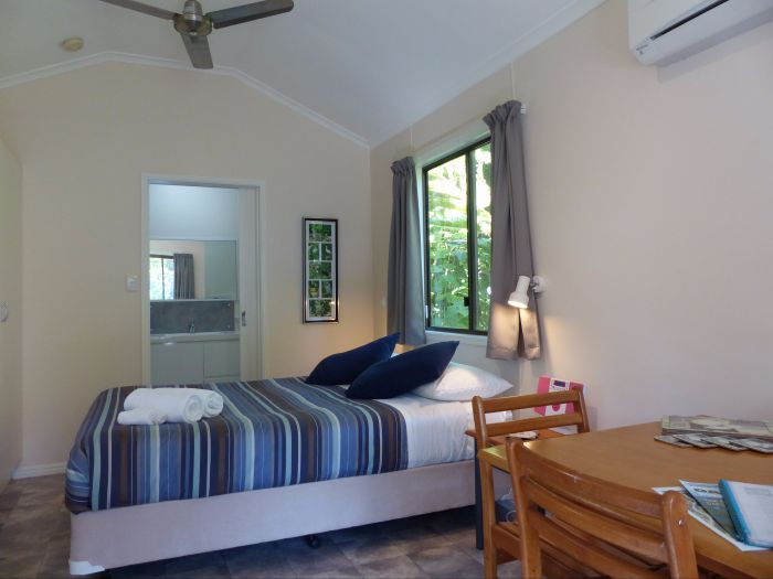 Daintree Valley Haven - Geraldton Accommodation