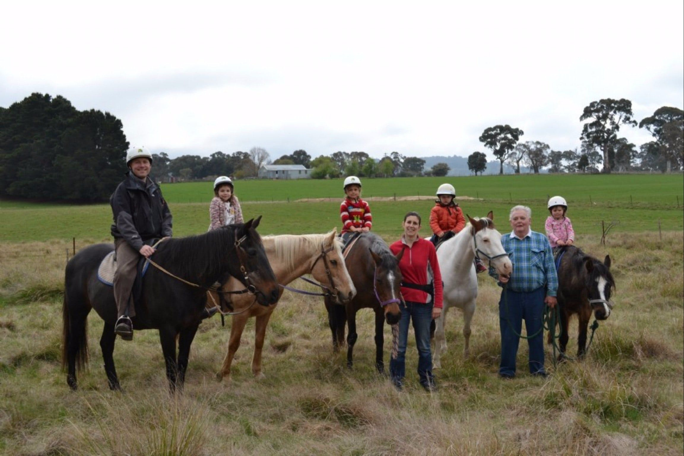High Country Trail Rides - Geraldton Accommodation