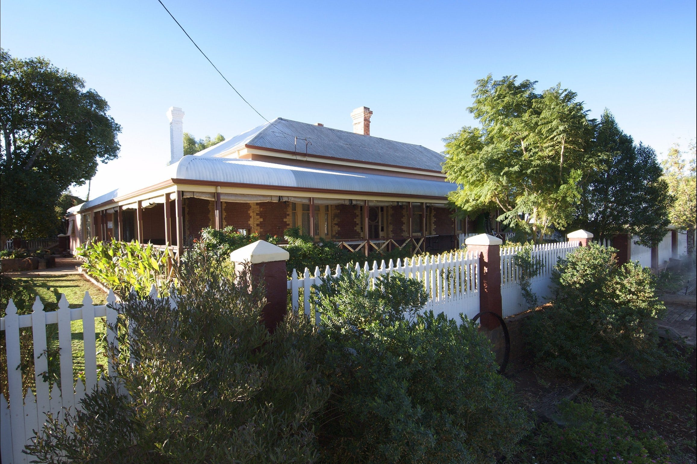 Hoover House - Geraldton Accommodation