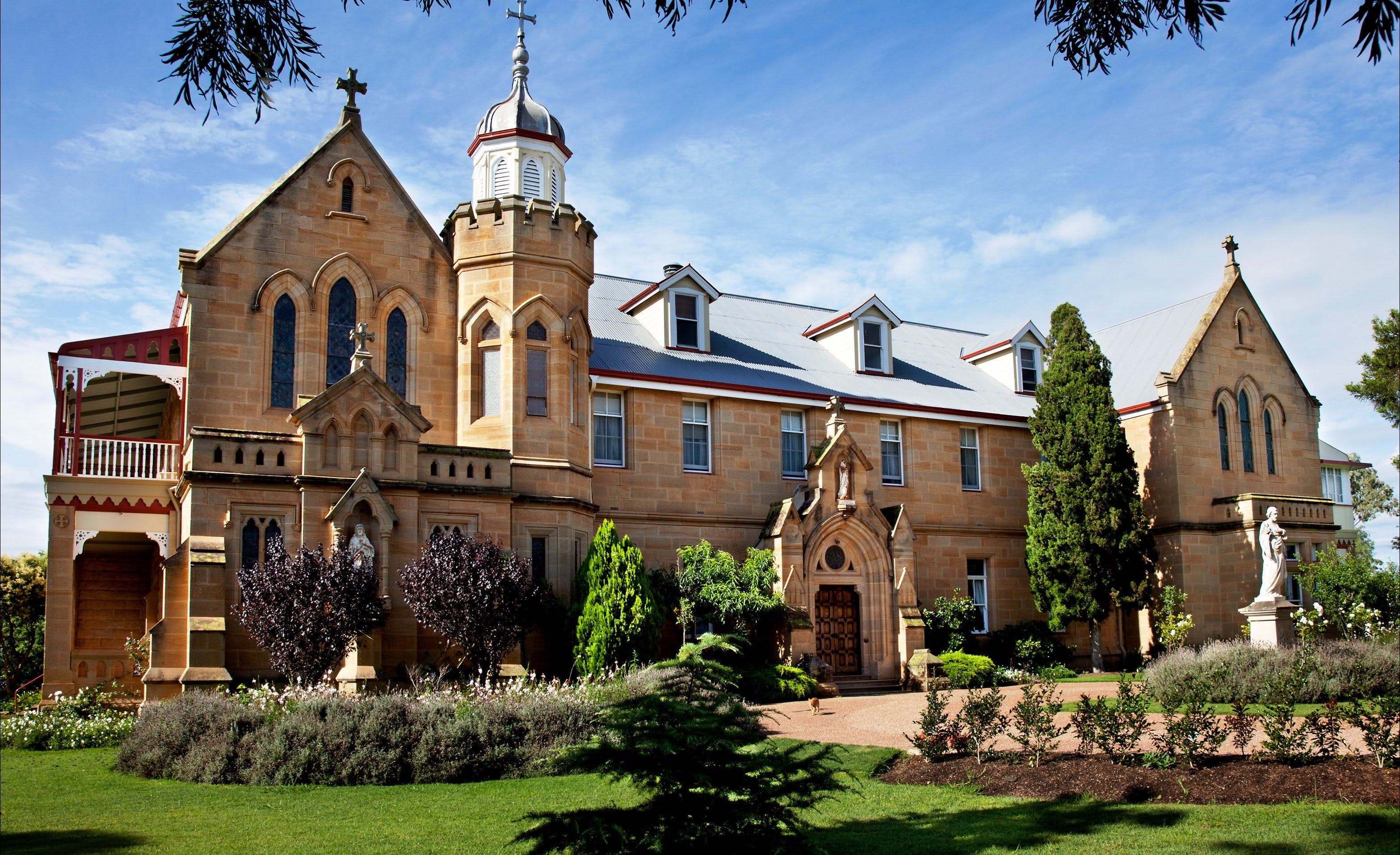 Abbey of the Roses - Geraldton Accommodation