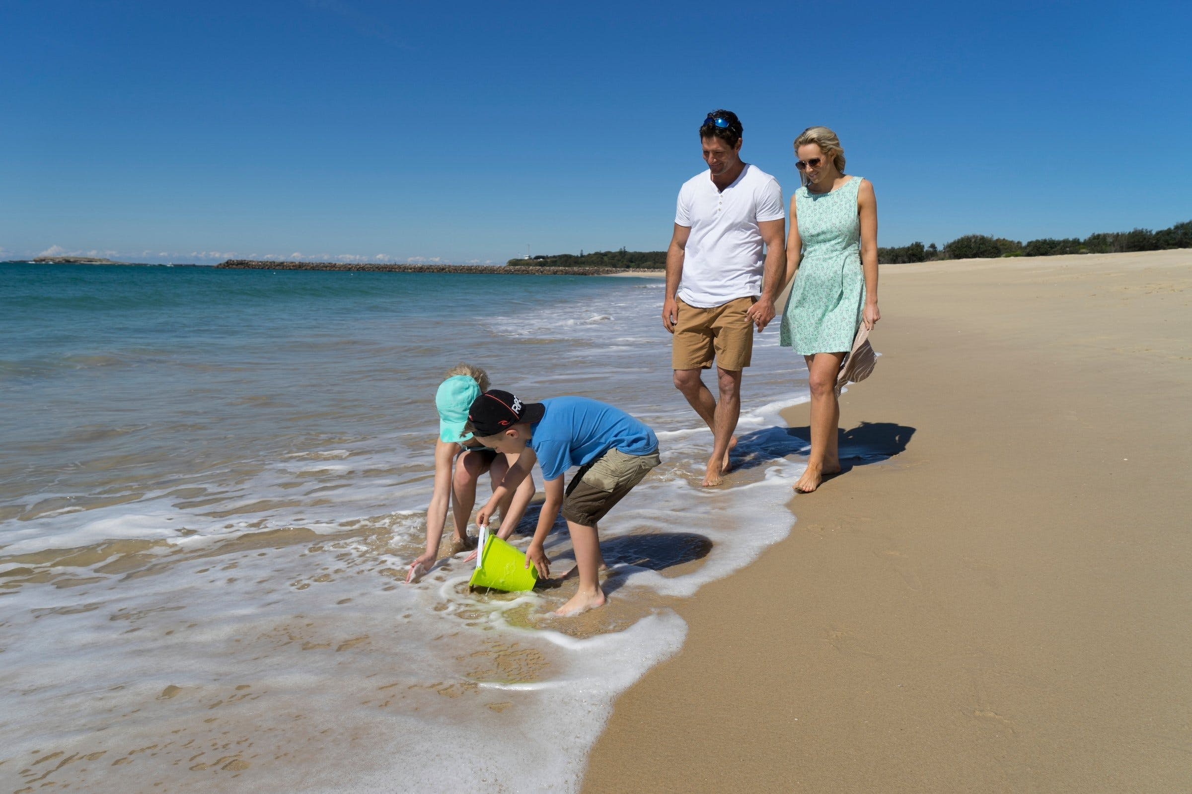 Blacksmiths Beach - Geraldton Accommodation