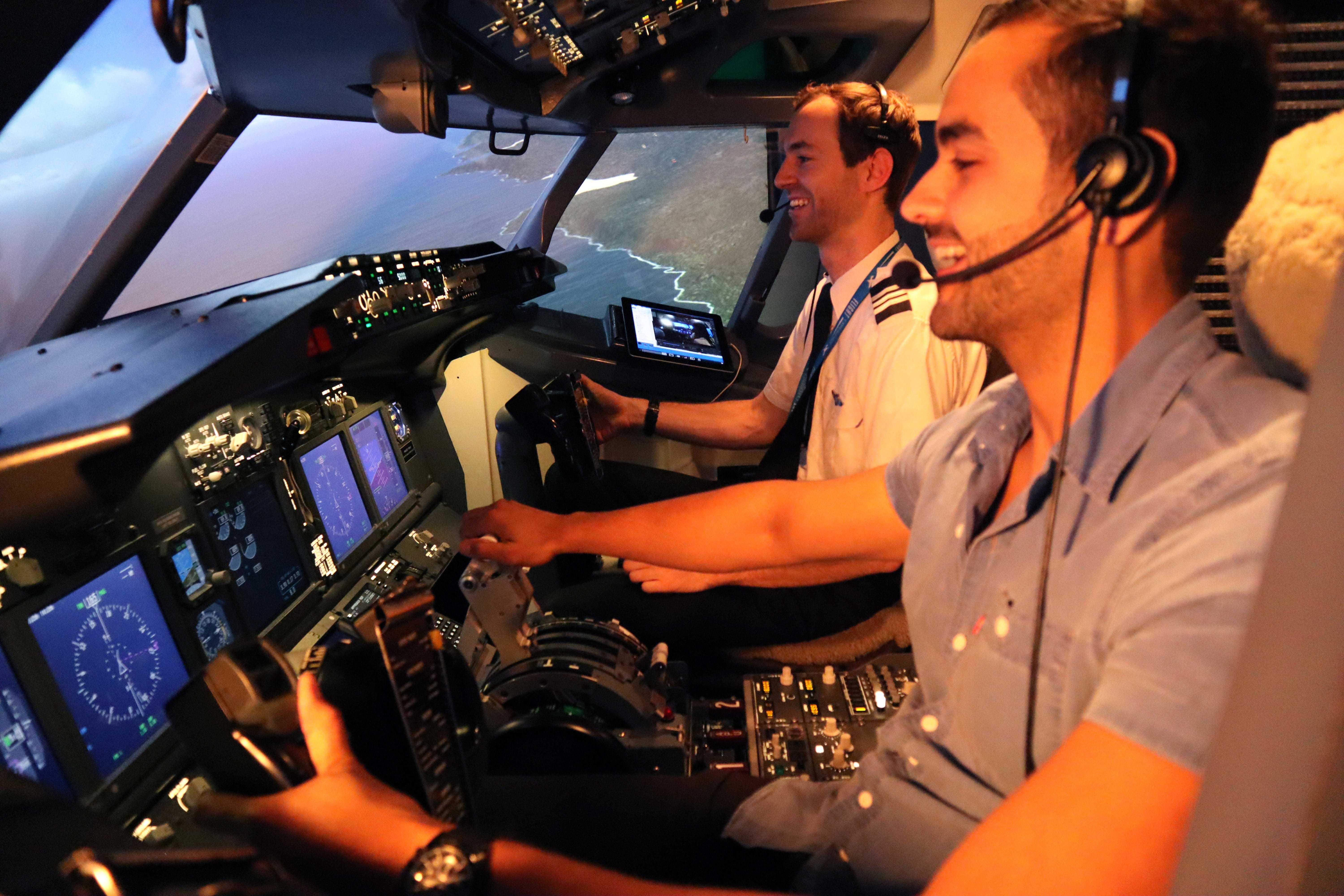 Flight Experience Sydney - Flight Simulations - Geraldton Accommodation