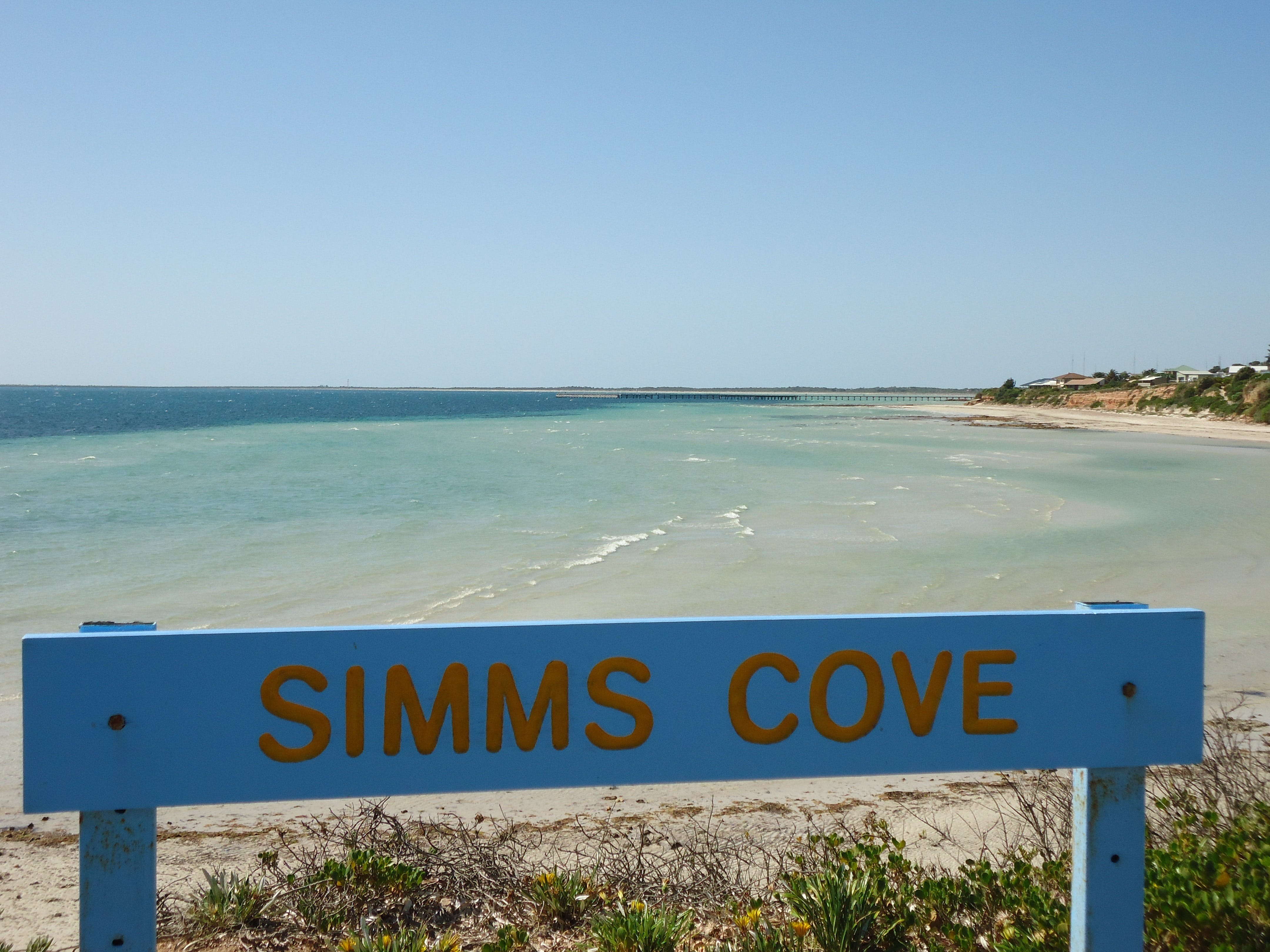Simms Cove lookout and beach Moonta Bay - Geraldton Accommodation