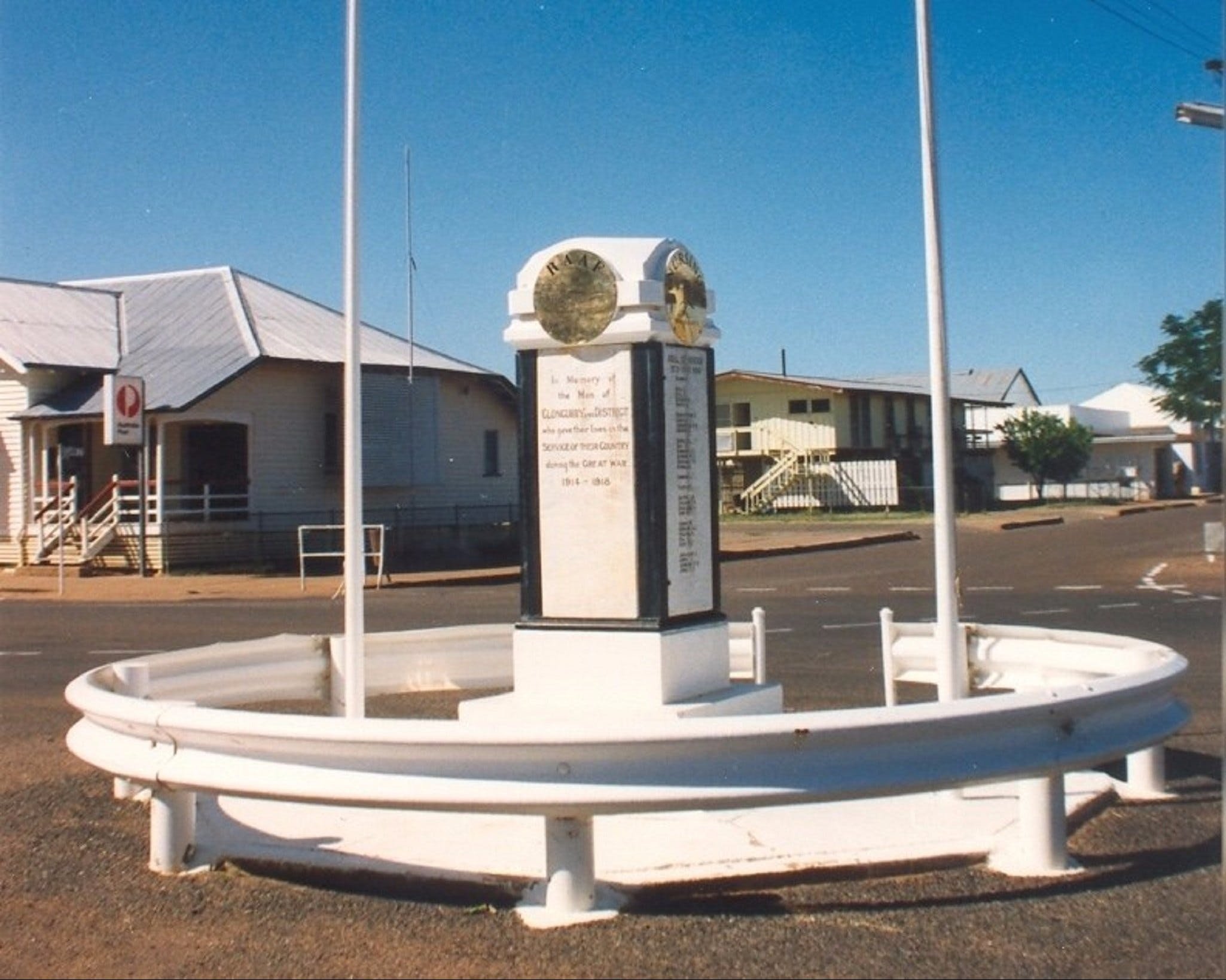 Cloncurry War Memorial - Geraldton Accommodation