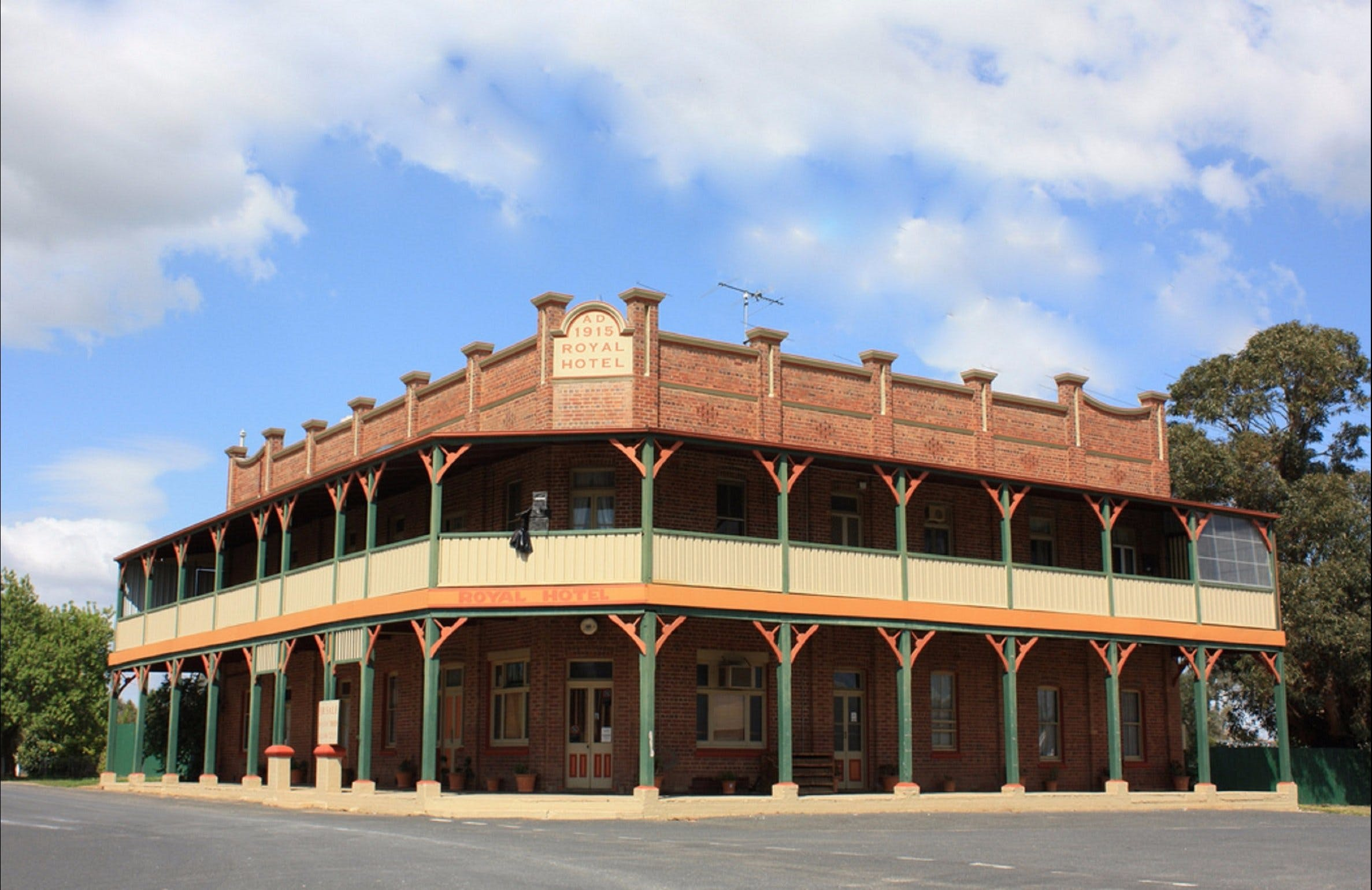 Galong - Geraldton Accommodation