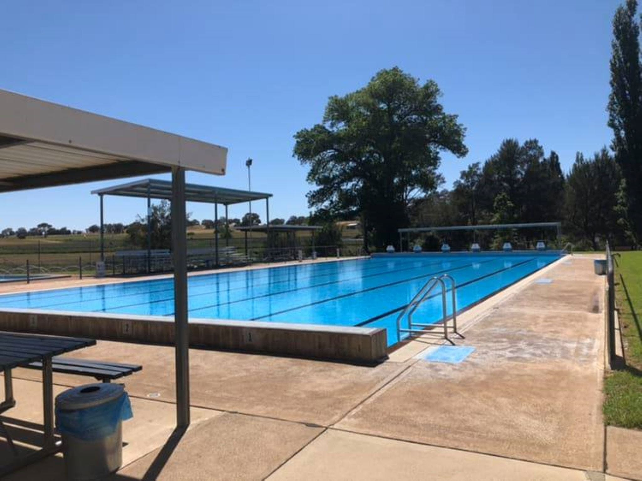 Molong Swimming Pool - Geraldton Accommodation