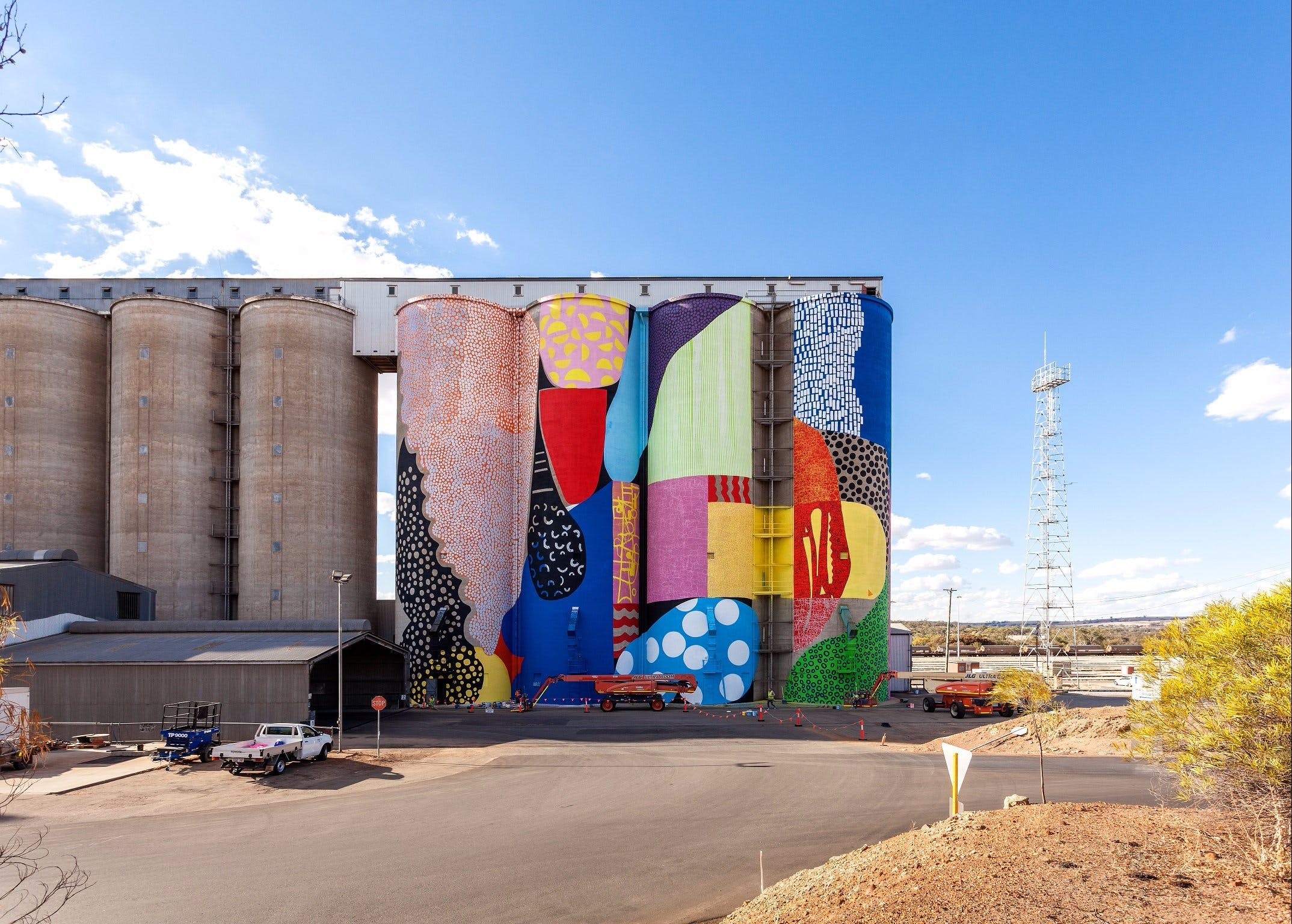 PUBLIC Silo Trail Northam - Geraldton Accommodation
