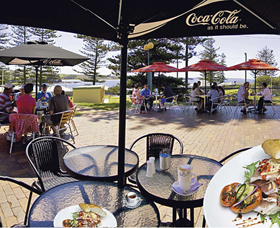 The Beach and Bush Gallery and Cafe - Geraldton Accommodation