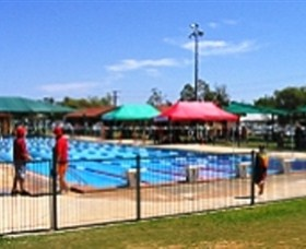 Charleville Swimming Pool - Geraldton Accommodation
