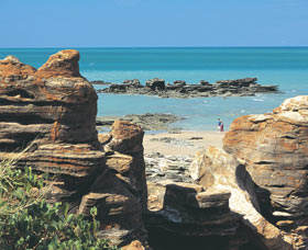 Reddell Beach - Geraldton Accommodation
