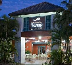 Runaway Bay Tavern - Geraldton Accommodation