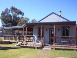 The Globe Hotel. Rylstone - Geraldton Accommodation