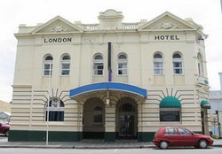 The London Hotel - Geraldton Accommodation