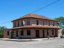 Heddon Greta Hotel - Geraldton Accommodation
