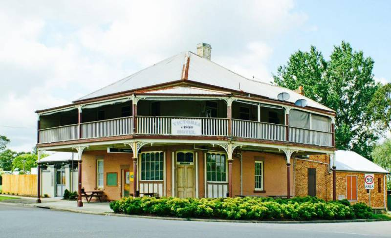 The Victoria Hotel Hinton - Geraldton Accommodation