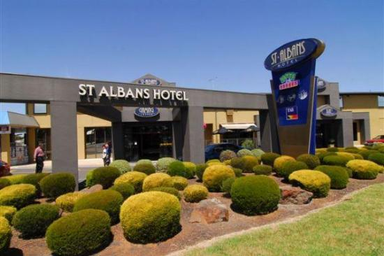 St Albans Hotel - Geraldton Accommodation