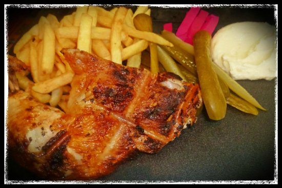 Awafi Charcoal Chicken - Geraldton Accommodation