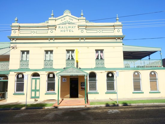 Railway Hotel Armidale  1879 Bistro - Geraldton Accommodation