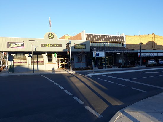 The Macleay Hotel - Geraldton Accommodation