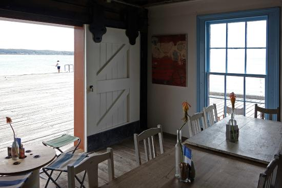 The Wharf Local - Geraldton Accommodation