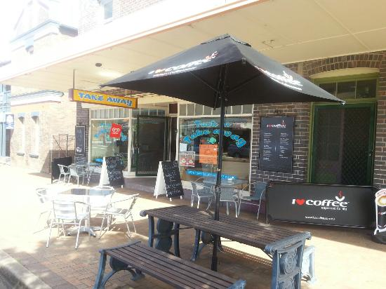 Tuck in Takeaway - Geraldton Accommodation