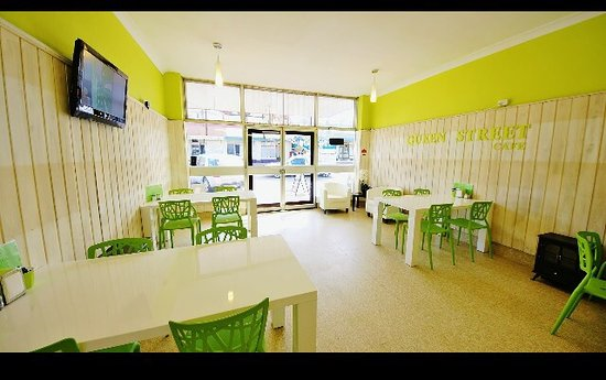 Queen Street Cafe  Takeaway - Geraldton Accommodation