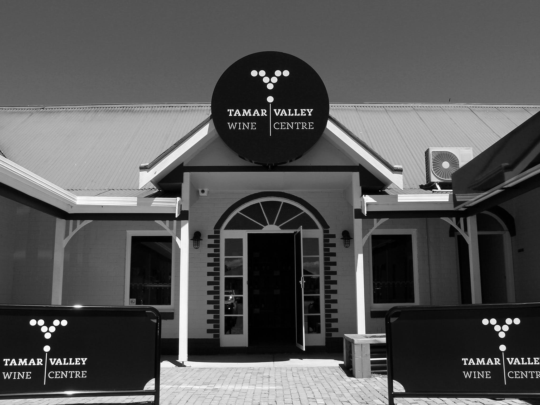 Tamar Valley Wine Centre - Geraldton Accommodation