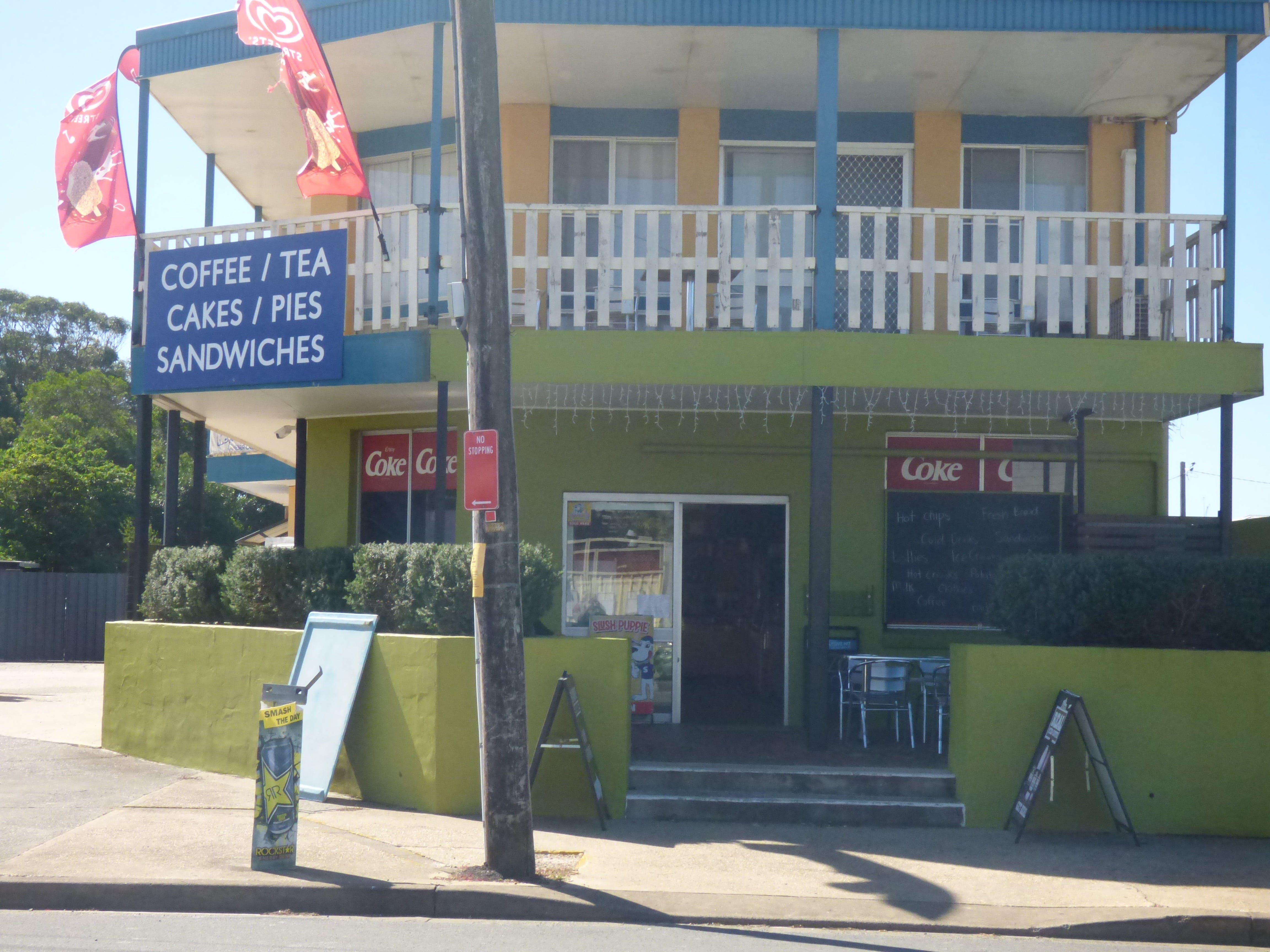 The Point Cafe and Takeaway - Geraldton Accommodation