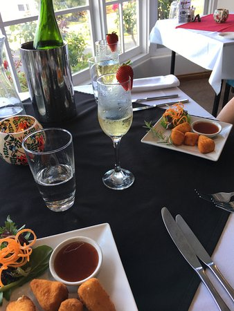Top of the Hill Restaurant - Geraldton Accommodation
